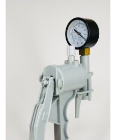 Hand Vacuum Pump with Manometer