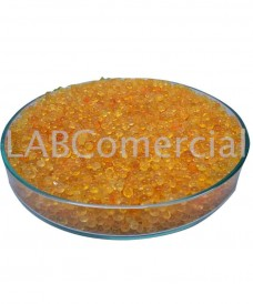 Silica gel in granules of 2-5 mm with colour indicator for drying processes.